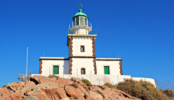 Private Tour to visit Akrotiri Lighthouse in Santorini